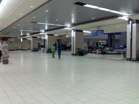 aeropuerto-ottawa.jpg