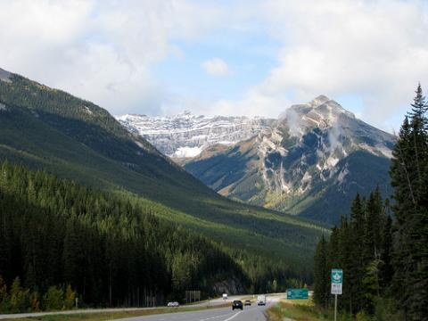 montana-canada.jpg